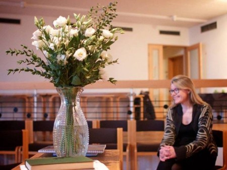 цветы на квакерском собрании в Исландии 2014