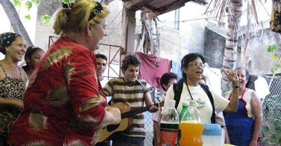 Алан Рей-Джоунс: Лос Амигос. Кубинский стиль