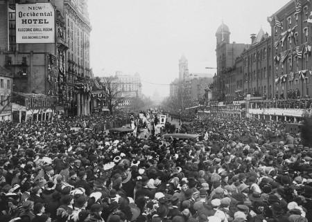 Парад суфражисток. Вашингтон, 1913 год