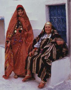 Еврейская невеста и ее мать. Тунис, 1980 г. Фото: Keren T. Friendman