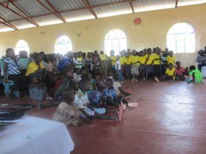 Богослужение в Церкви Друзей в Туркане (северная Кения)