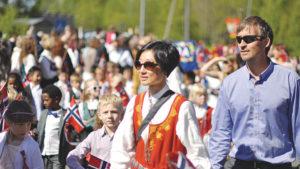 """День Конституции в Норвегии. Фото к статье """"Равенство среди современных викингов"""""""