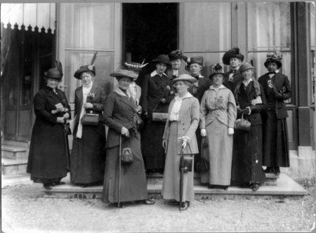 Женская мирная конференция в Гааге в 1915 году