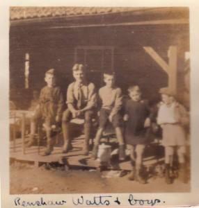 Брат Артура Уоттса, Реншоу