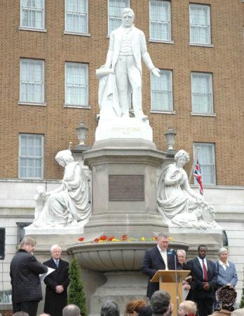 Джозеф Стёрдж. Открытие обновленного мемориала Дж. Стёрджу в Бирмингеме в 2007 г.