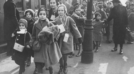 Kindertransporte. 1939 год. Еврейские дети из Германии прибывают в Лондон