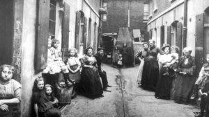 Сибом Раунтри и изучение бедности в Британии