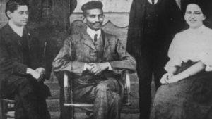 Ганди в период своей работы юристом в Южной Африке
