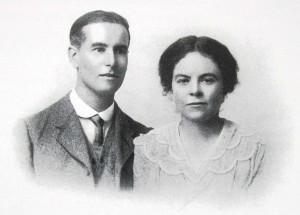 Кордер Кэтчпул с женой Гвен, 1927 год